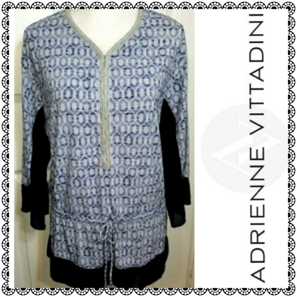 Adrienne Vittadini Tops - {Adrienne Vittadini} blue bling tie front top sz S